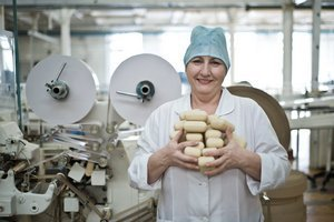 NEW: Excursion to the oldest Russian Cosmetic's factory.